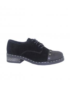 Sapatos Tachas
